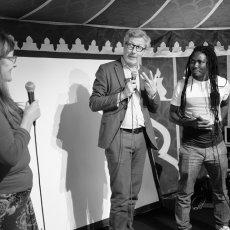 Edouard Elvis Bvouma (Cameroun) recoit le Prix théâtre RFI - (RFI : Pascal(...)