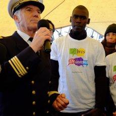 Le commandant Cariou fier de ses jeunes gabiers - Ph : Arnaud Galy - Agora(...)