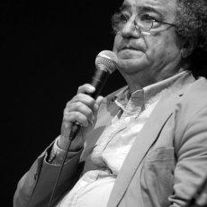 Tahar Bekri, poète tunisien lors de la causerie organisée avec la maison(...)