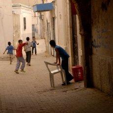 Enfants dans la médina (Tunis)
